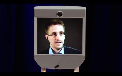 Capture d'écran de la conférence TED - Edward Snowden (Crédit : YouTube)