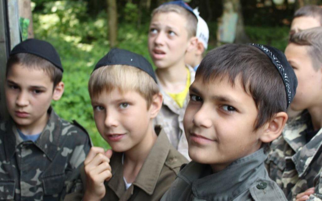 Des enfants ukrainiens au camp Yeka (Crédit : Autorisation)