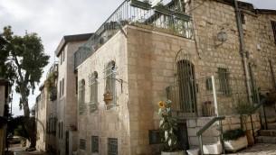 Moses Montefiore avait du mal à attirer les résidents de la Vieille Ville dans les nouvelles maisons alors de Michkenot (Crédit : Miriam Alter / flash 90)