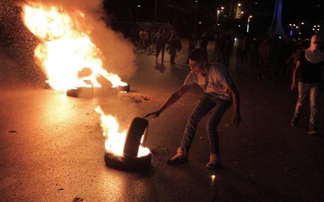Émeutes en Cisjordnaie - 9 septembre 2014 (Crédit : Issam Rimawi/Flash90)