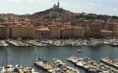 Le Vieux-Port de Marseille (Crédit : Benblachere/Wikimedia communs/CC BY SA 3.0)