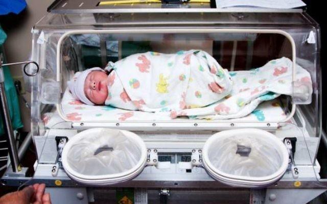 Les bébés prématurés présentent des risques élevés face à divers problèmes de santé. (Crédit : Shutterstock)