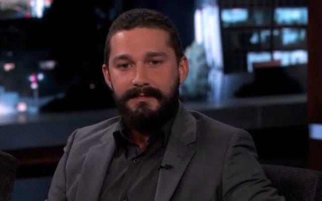 Shia LeBeouf dans l'émission de Jimmy Kimmel,en octobre 2014. (Crédit : capture d'écran YouTube)