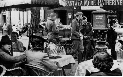 Paris sous l'Occupation (Crédit : Bundesarchiv, Bild 183-L12792 / CC-BY-SA)