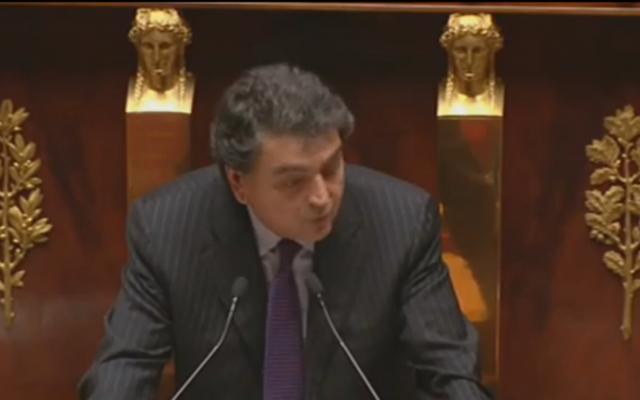Le député LR Pierre Lellouche à l'Assemblée nationale française. (Crédit : capture d'écran LCP)