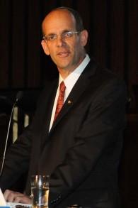 Dr Ofer Merin du centre médical Shaare Zedek (Crédit : Autorisation)