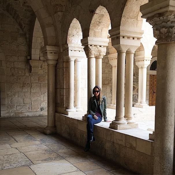 Jamie Chung a écrit sur Instagram : 'l'Eglise de la Nativité #Bethlehem #Palestine Quel magnifique église! J'ai pu voir où Jésus est né' (Crédit : Autorisation Jamie Chung)