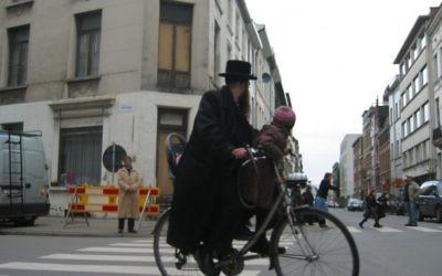 Illustration du quartier juif d'Anvers (Crédit : Ben Harris/JTA)