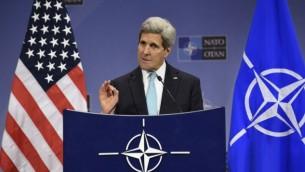 Le Secrétaire d'Etat américain John Kerry à Bruxelles, en Belgique le 2 décembre 2014 (Crédit : John Thys / AFP)