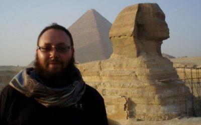 Le journaliste Steven Sotloff en Egypte en 2011 (Crédit : Facebook/Oren Kessler)