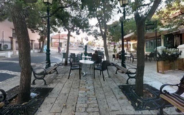 Capture d'écran rue principale à Zichron Yaakov (Crédit : Google Sttreet view)