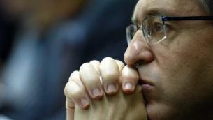 Le député Yossi Beilin à la Knesset le 21 juin 2007 (Crédit : Flash90)