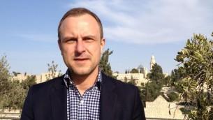 L'expert en contre terrorisme, Peter Neumann, le 2 décembre 2014 à Jérusalem (Crédit : Elhanan Miller/Times of Israel staff)