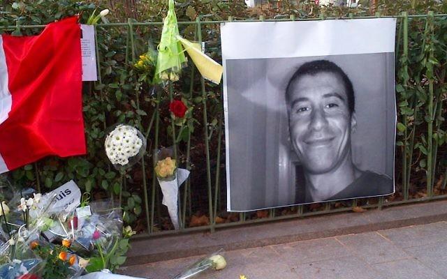 Hommage rendu à Ahmed Merabet - 10 janvier 2015 (Crédit : AFP)