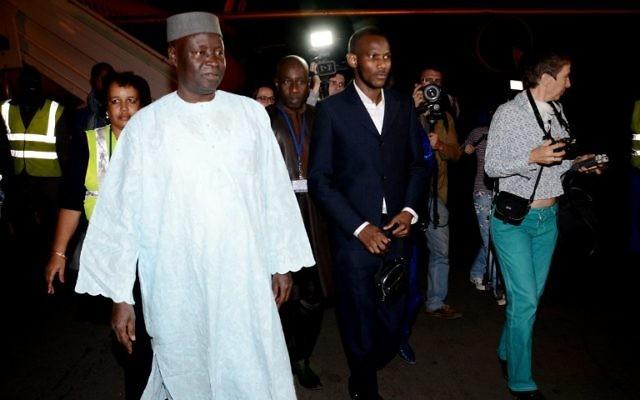 Lassana Bathily à son arrivée à Bamako, Mali, le  28 janvier 2015 (Crédit :  AFP PHOTO / HABIBOU KOUYATE)