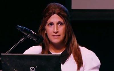 Ruth Colian, chef du parti Bezchutan (Crédit : capture d'écran YouTube)