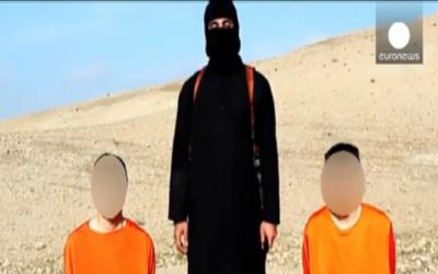 Vidéo de l'Etat islamique avec les otages japonais (Crédit : Capture d'écran YouTube/Euronews)