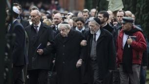 Hommage à Dan Uzan, 37 ans, lors de son enterrement dans un cimetière juif de la capitale danoise (Crédit photo: CLAUS BJOERN LARSEN / AFP)