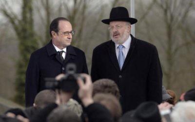François Hollande, le grand rabbin Gutman (Crédit : Nathan Kretz/Times of Israel)