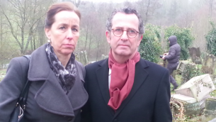 La sénatrice Fabienne Keller et Thierry Roos, un administrateur du consistoire israélite du Bas-Rhin (Crédit : Nathan Kretz/Times of Israel)