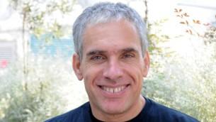 Le fondateur de Waze et entrepreneur israélien, Uri Levine (Crédit : Sahar Rott)