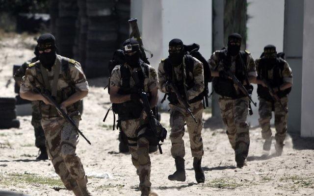 Des membres du Jihad islamique palestinien, le 6 mars 2015. (Crédit : AFP)