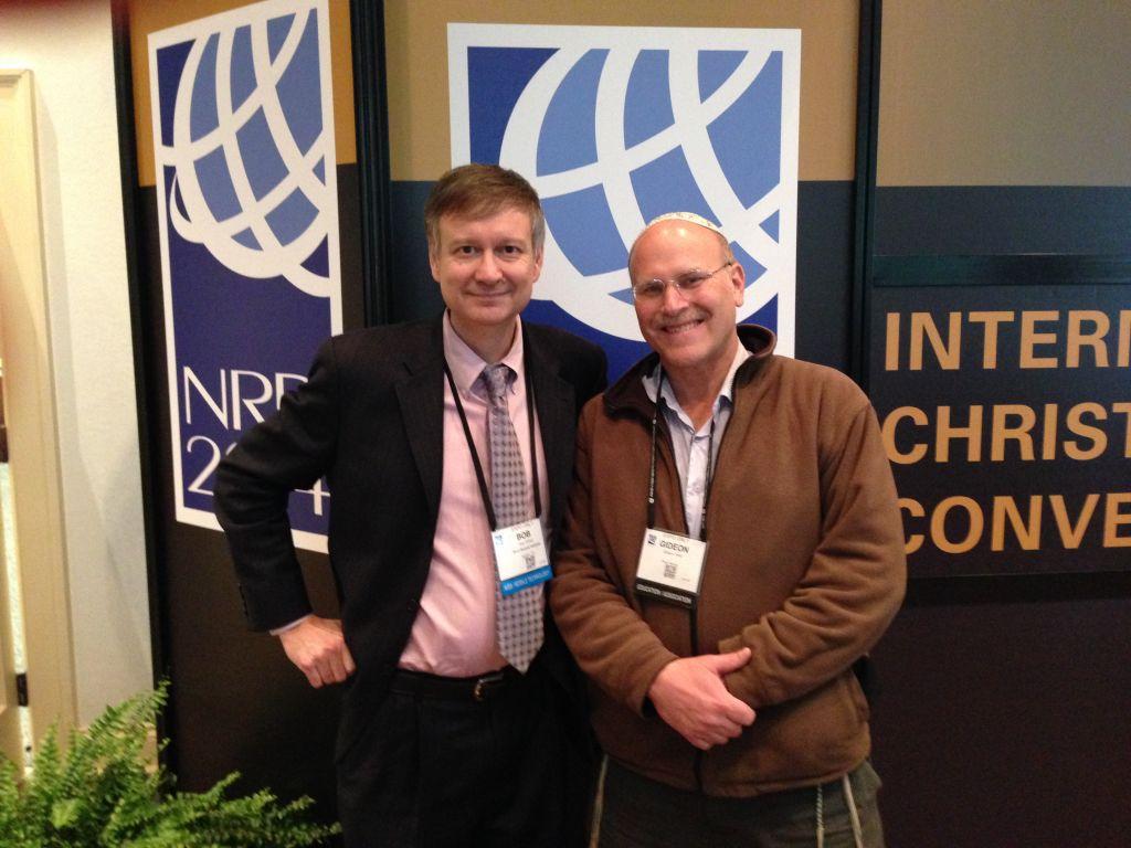 Le Chrétien texan Bob O'Dell (à gauche) et le Juif orthodoxe israélien Ariel Gidon, les fondateurs de Root Source (Crédit : Autorisation)