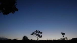 Le soleil se couche au Kenya (Crédit : Melanie Lidman/Times of Israel)