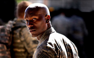 "Tyrese Gibson dans le film ""Transformers"" (Courtesy Transformers)"