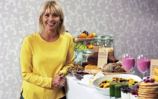 La chef de la télévision suédoise Tina Nordstrom. (capture d'écran: YouTube/Västerås Nöje)