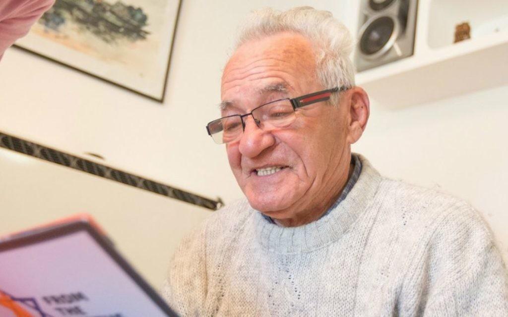 Le survivant de l'Holocauste Moshe Tirosh qui s'est caché trois semaines dans les souterrains du zoo de Varsovie. (Crédit : From the Depths/JTA)