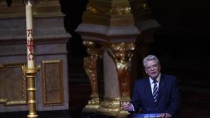 Le président allemand Joachim Gauck  lors d'un service religieux commémorant le centenaire du massacre de 1,5 million d'Arméniens par les forces ottomanes à la cathédrale de Berlin, le 23 avril 2015 (AFP PHOTO / TOBIAS SCHWARZ)