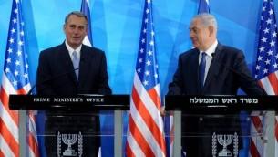 John Boehner et Benjamin Netanyahu  Jérusalem - 1er avril 2015  (Crédit : AFP