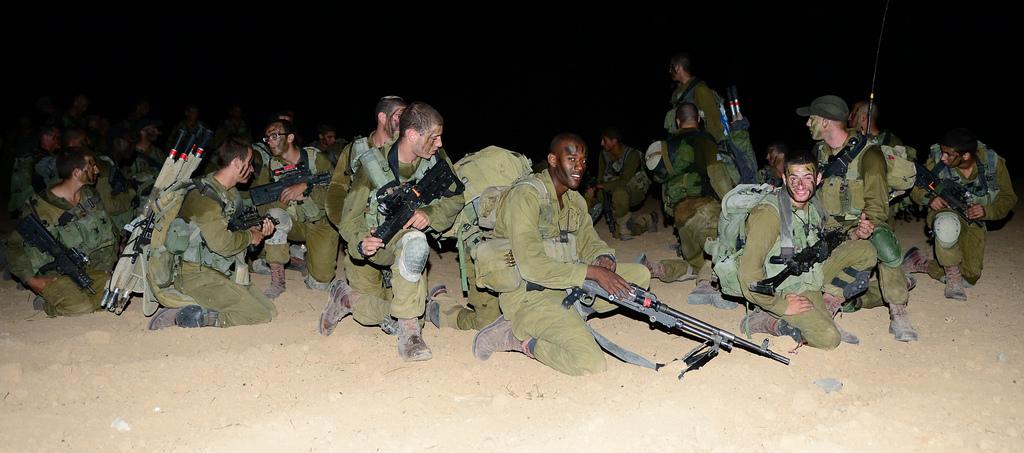 Un brigade Nahal en route vers Massada (Crédit photo : Alexi Rosenfeld / Unité des porte-paroles de l'armée)
