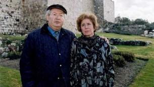 Serge et Béate Klarsfeld à Jérusalem en novembre 2009 (Crédit : CC BY SA 3.0)