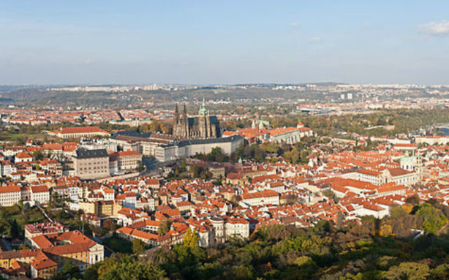 Vue panoramique de Prague. Illustration. (Crédit : David Iliff/CC BY-SA 3.0)