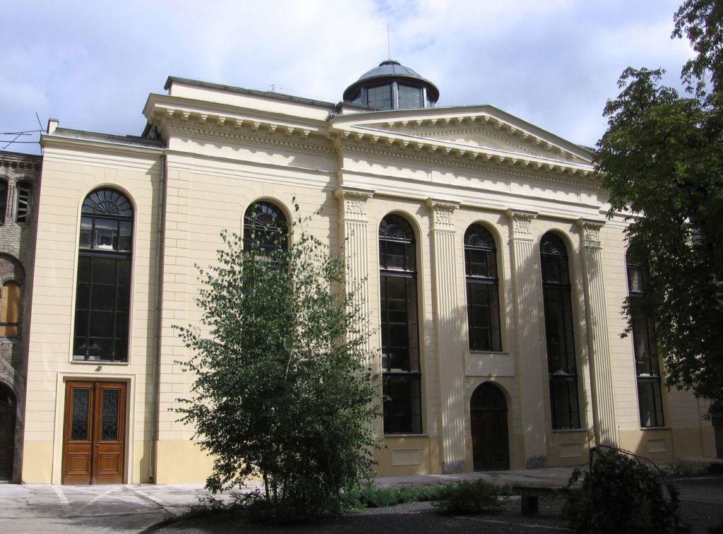 La Synagogue à Wrocław, en Pologne inauguré de nouveau en 2010 (Crédit : Julo/domaine public via Wikipedia)