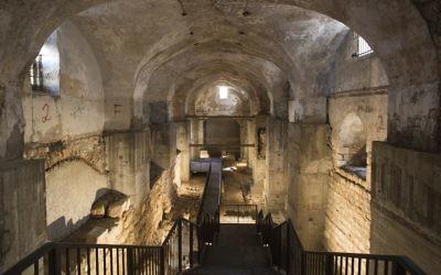 L'entrée d'une ancienne prison ottomane connue sous le nom Kishle dans la Vieille Ville de Jérusalem (Crédit photo : JTA / Oded Antman)