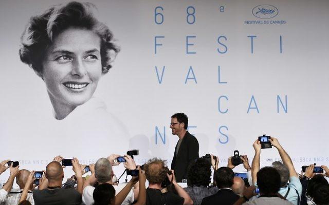 Ethan Coen devant les photographes au 68e festival du festival du film de Cannes (CRÉDIT : AFP)