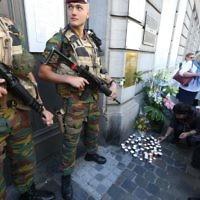 Cérémonie en l'hommage des quatre victimes tuées lors de l'attentat contre le musée Juif de Bruxelles - 24 mai 2015 (Crédit : afp)