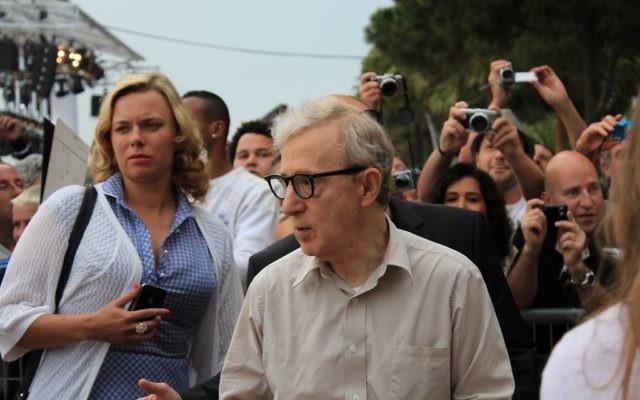 """Le cinéaste Woody Allen au festival de Cannes en 2à11 (Crédit : Bernard Boyé/CC by SA """";à)"""