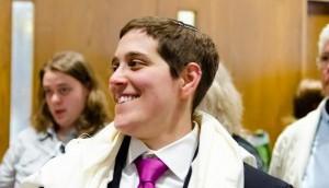 Rabbi Becky Silverstein sert dans une synagogue conservatrice en Californie (Crédit : Jordyn Rosenzky)