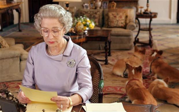 "Helen Mirren dans une scène du film ""The Queen"" (Crédit : Capture d'écran)"