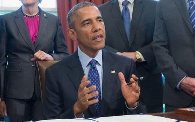 Le président américain Barack Obama dans le bureau ovale de la Maison Blanche, le jeudi 30 avril 2015 à Washington  (Photo AFP / MICHAEL THOMAS B.)