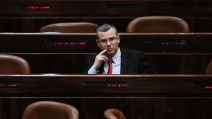 Yariv Levin du Likud à la Knesset le 24 février 2014 (Crédit photo: Miriam Alster / Flash90)