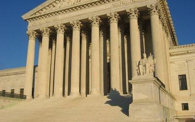 Le bâtiment de la Cour suprême américaine (Crédit : Duncan Lock,/Dflock/Wikimédia)