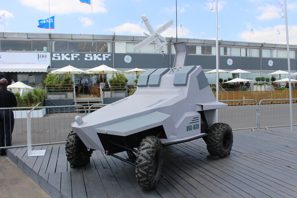 Le UGL-H30, véhicule sans conducteur, de Uvision (Crédit : Times of Israël Staff)