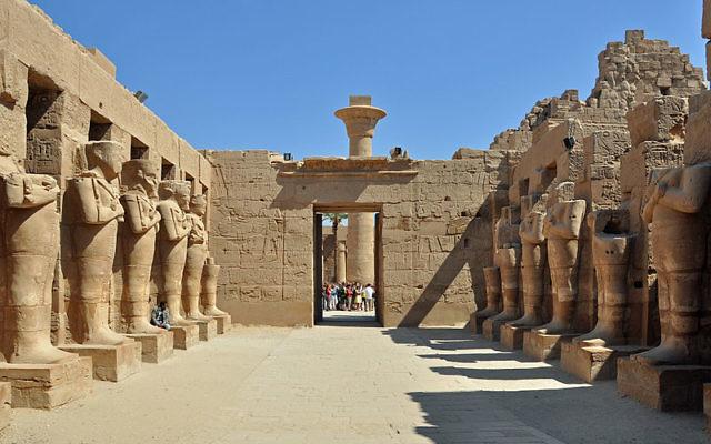 Temple de Karnak à Louxor, Egypte (Crédit : CC BY SA 3.0)