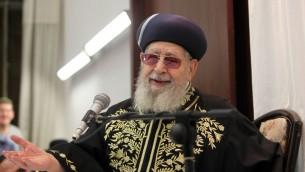 Le grand rabbin Ovadia Yosef, à Jérusalem, en septembre 2012. (Crédit : Flash90)