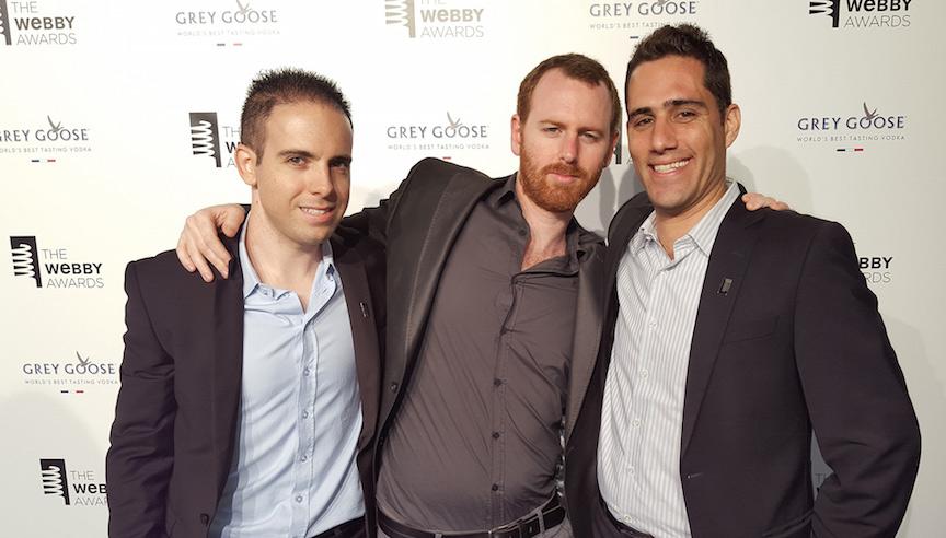 (G à D) les fondateurs de Wikiwand  Lior Grossman, Tomer Lerner, et Ilan Lewin (Crédit : wikiwand)